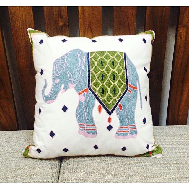 精緻提花方型靠枕 沙發抱枕 全新 含枕芯 45X45公分