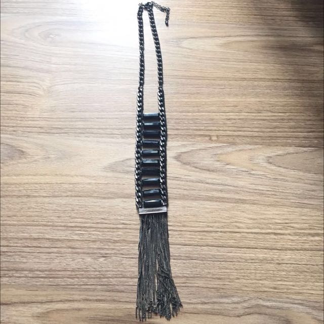 Chain Tassel With Black Stone Necklace