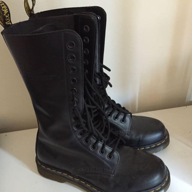 Dr Martens 1914 Boots
