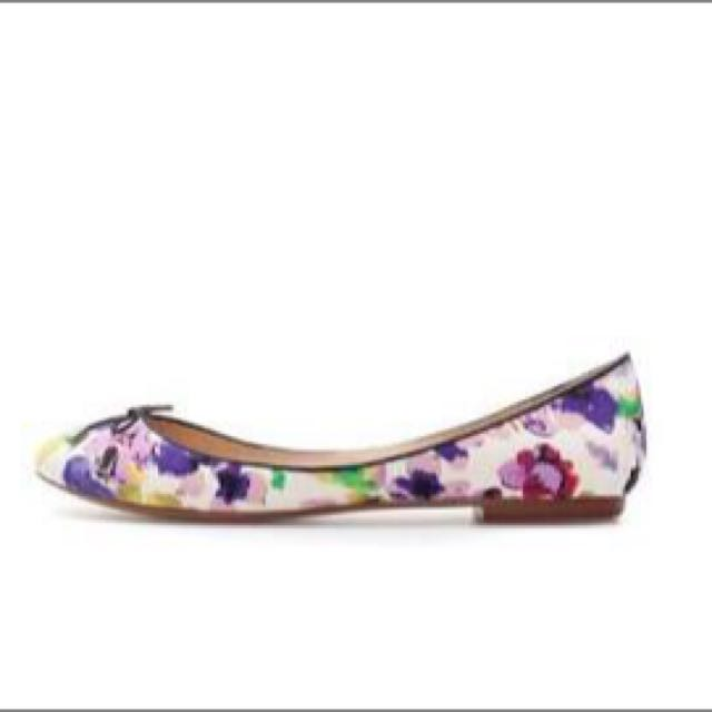 Zara floral Flat Shoes Sz37