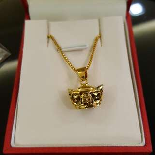 Gold plated chain & Pendant