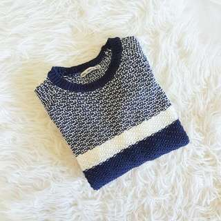 Cosy Navy-White cable-knit