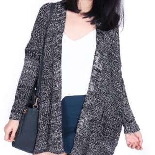 grainy dark grey knitted cardigan