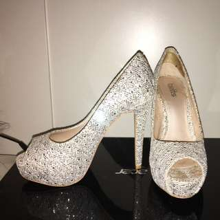 Sparkly Betts Size 6