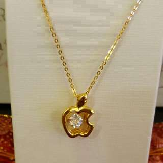 (Reserved) Dancing Diamond Necklace