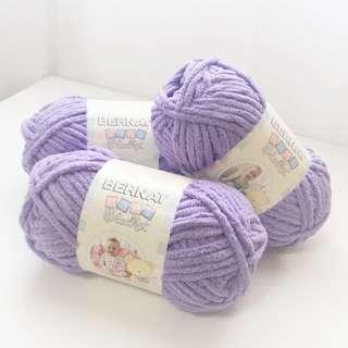 Bernat Baby Blanket Yarn in Lilac