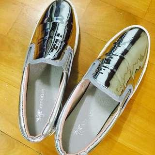 銀色懶人鞋36