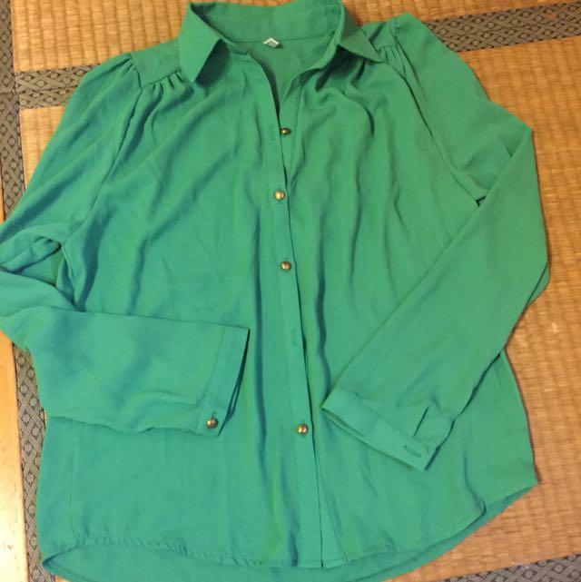 🉐韓貨 絲質綠色襯衫