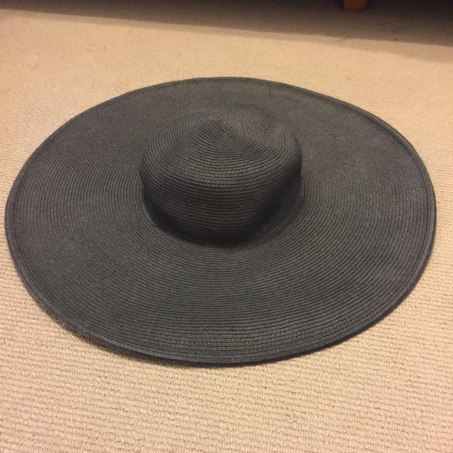 Black Kookai Hat