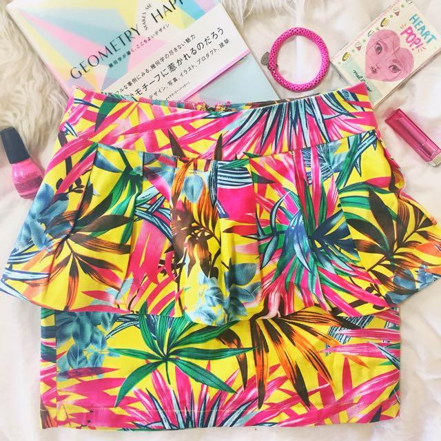 Blurr Paradise Skirt Sz 8