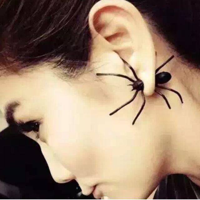 BNIP Instock Spider Ear Stud Earring Double Sided (Single)