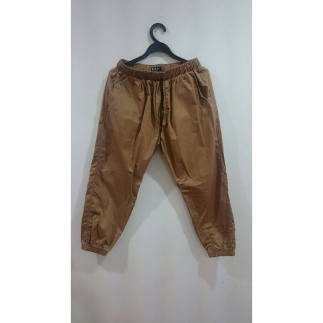 4f9767c2a6f GENERIC 3 4 TAN BROWN JOGGER PANTS
