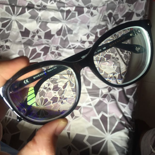 c438059029 Givenchy Specs Glasses (Authentic)