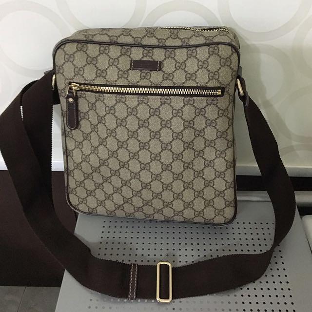 a8e0ecd129e6 Gucci Brown Gg Supreme Messenger Bag For Men, Luxury on Carousell