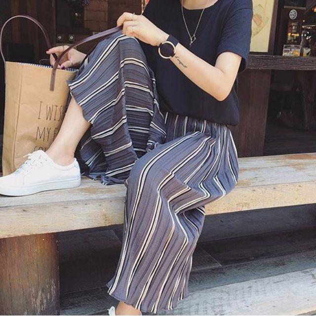 Jessie shop》設計感皺褶韓風條紋九分雪紡寬褲