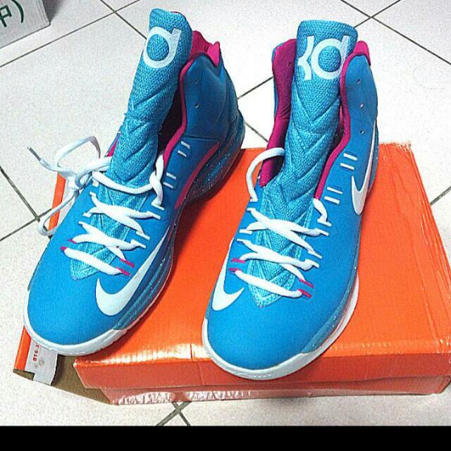 KD高統水藍色籃球鞋,喜歡都可以私訊來談喔!