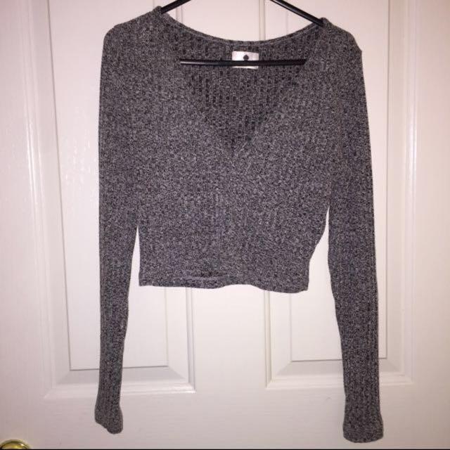 Long Sleeve Crop Top - Size 12