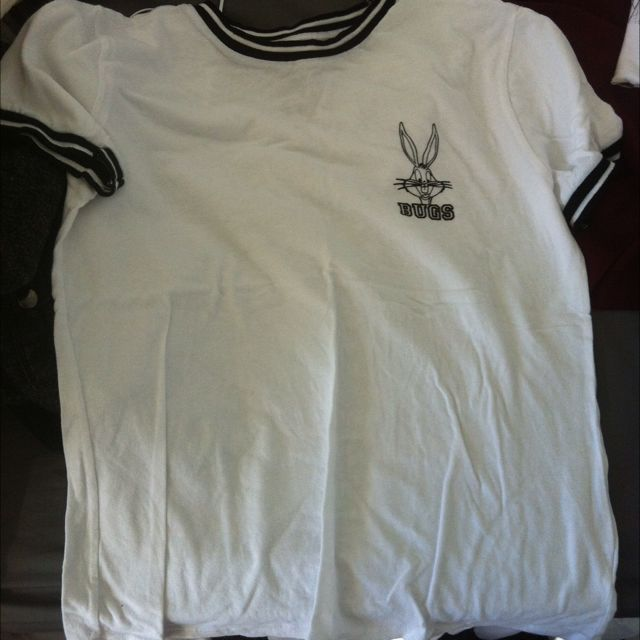 Looney Toons Bugs Bunny T Shirt