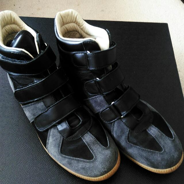 Maison Martin Margiela: Velcro High Tops Sneakers