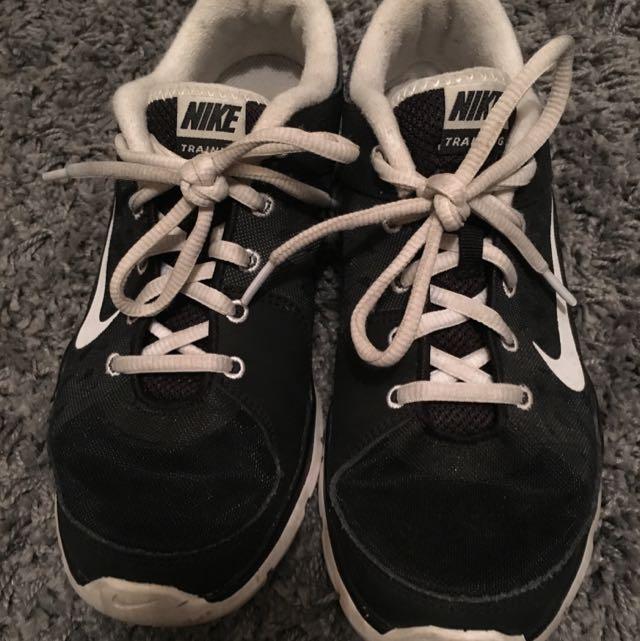 Nike Ladies Sneakers Sz US8/39