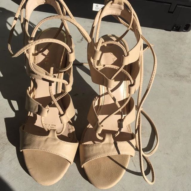 Shoes Worn Once Paid $60