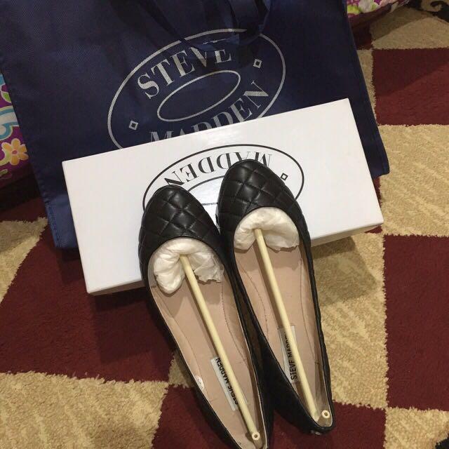 Steve Madden Flatshoes