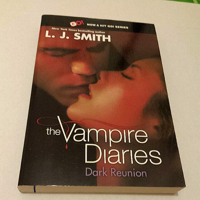 'The Vampire Diaries - Dark Reunion' - by L.J. Smith