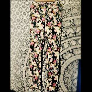 JAY JAYS Floral Patterned High Waisted Jeans Size 9