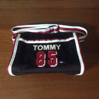 TOMMY 側背