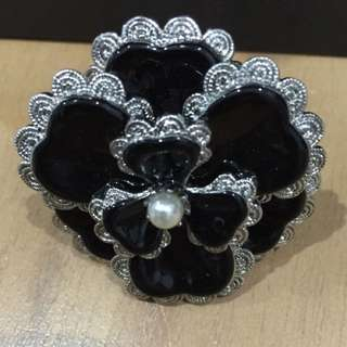 Mimco Flower Ring