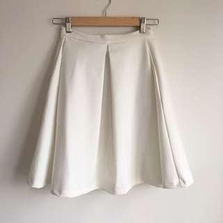 Kookai White Skirt Size 34
