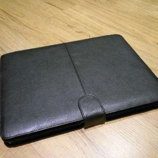 Casing for Apple Macbook Pro 13inch (2011 or similar)