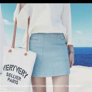 含運全新寧靜藍短裙