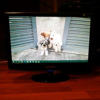 "Samsung 19"" PC Monitor 💻"