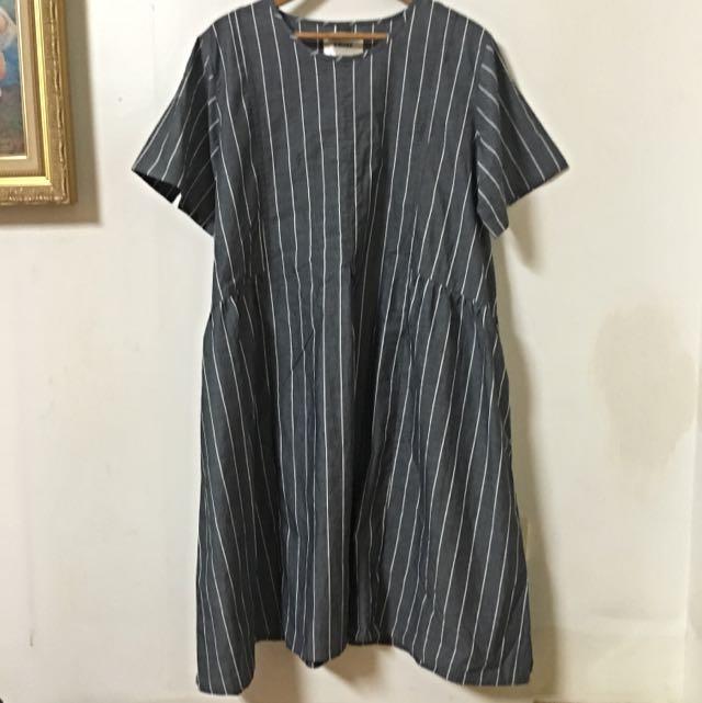 日單精選❤️灰色直條紋洋裝