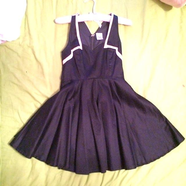 (REDUCED BY 45%!!!)Angel Biba Classy Dress RRP:$120