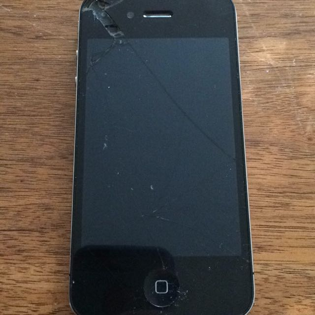 *Broken* iPhone 4s