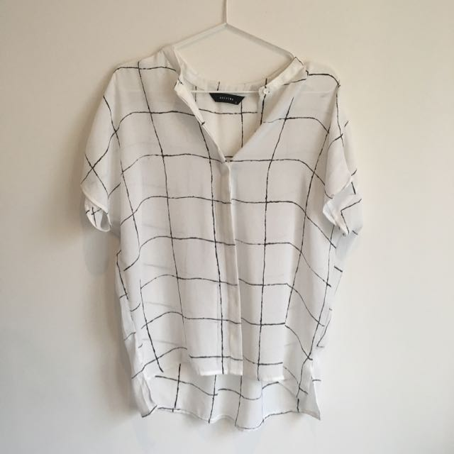 Decjuba Shirt Short Sleeve Size Small