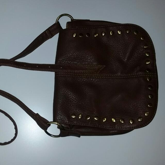 Garage Crossbody