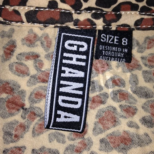 Ghanda Womens Leopard Print T-shirt