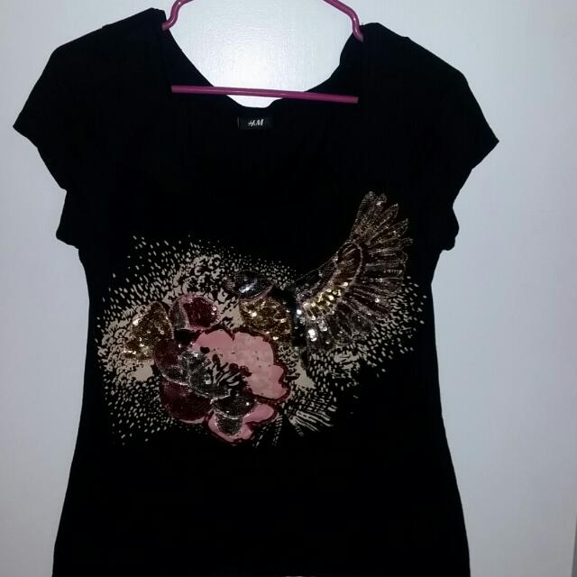 H&M Embroidered Tshirt (M)