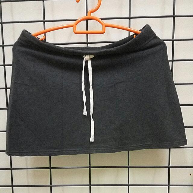 Mini Skirts (2)