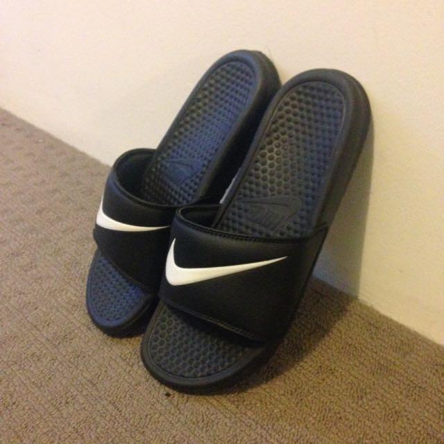 Nike Benassi Slide - Black