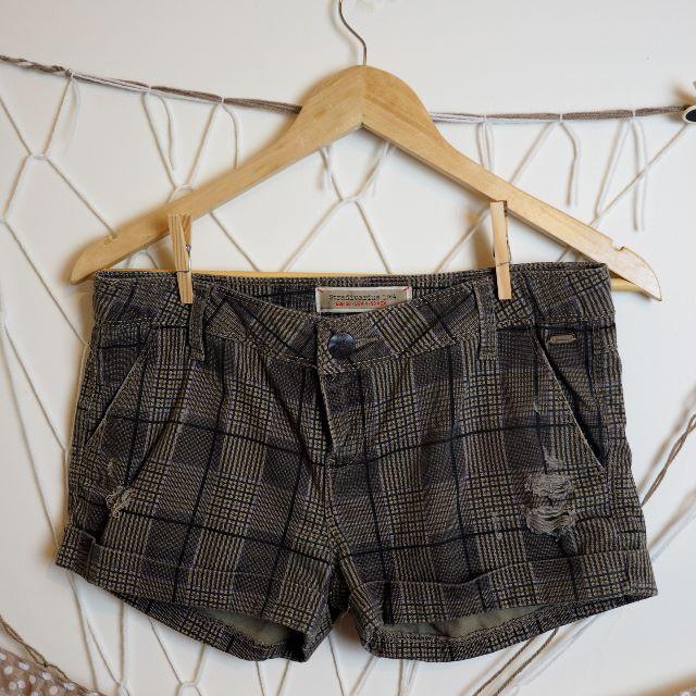 Size 8 Stradivarius Short Shorts