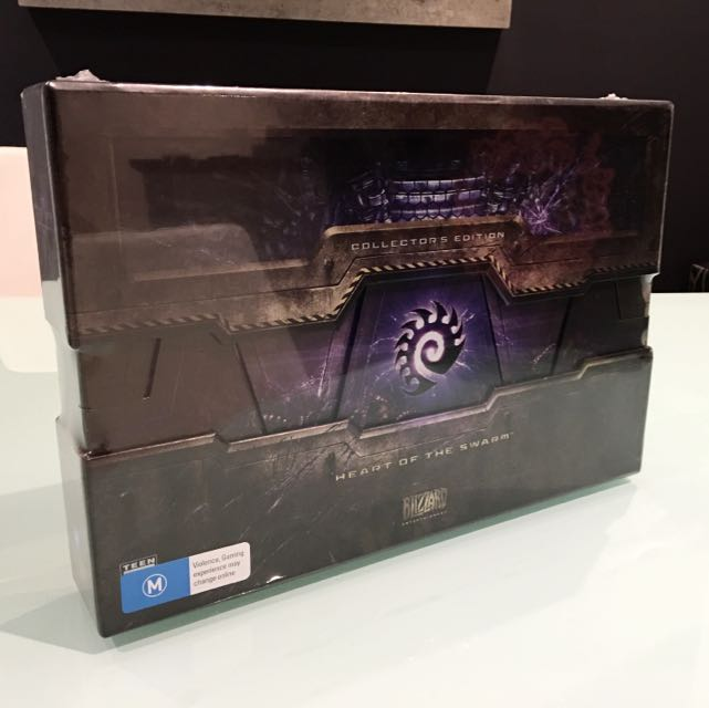 Starcraft 2 Heart Of The Swarm Collector Edition!
