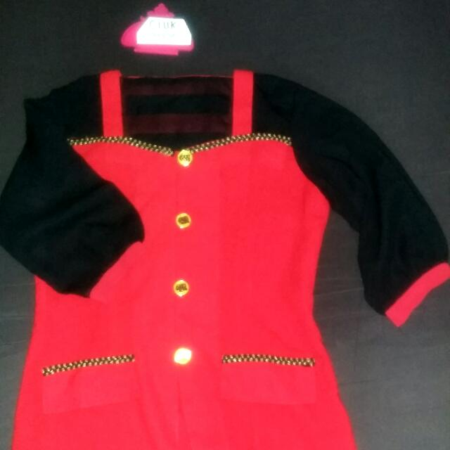 Top Red Black