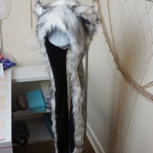 White Furry Fox Hood with Hand Pockets
