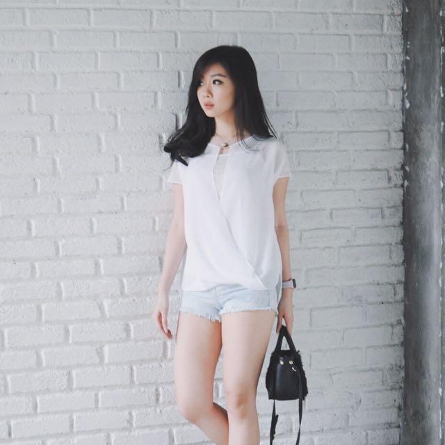 White Minimal Top