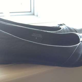 Black Small Wedge Shoes