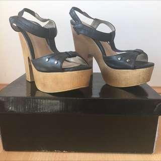 Shubar T-strap Heeled Sandal